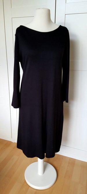 Schlichtes, schwarzes Kleid, NEU