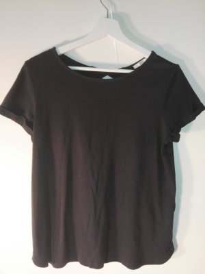 schlichtes t-shirt mit schönem Rücken