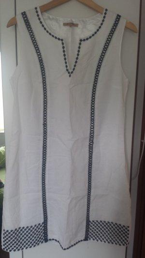 Schlichts Kleid