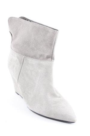 Botas deslizantes gris claro look casual