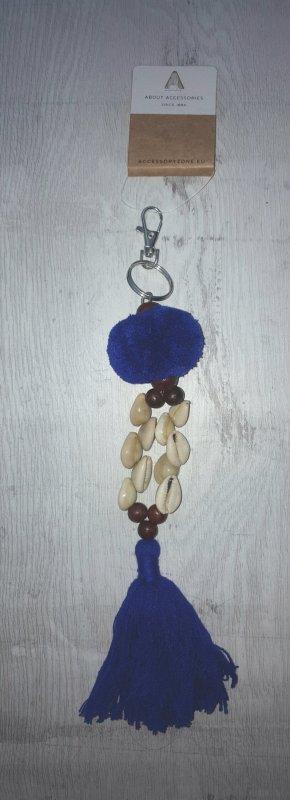 Schlüssel-/Taschenanhänger Muscheln mit Bommel und Quaste, blau / silber