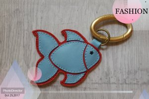 Key Chain brick red-light blue