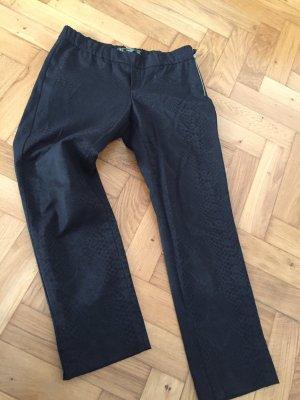 Schmale 7/8 Hose, schwarz, mit Schlangen-Print, Gr. L