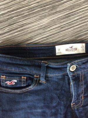 Schmale blaue Hollister Jeans