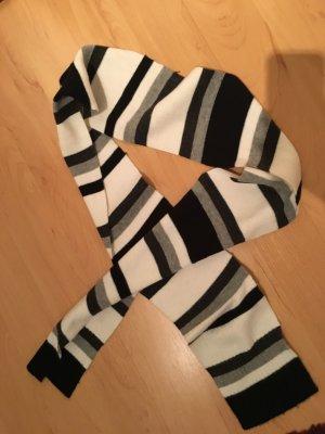 Schmaler gestreifter Schal ☃️