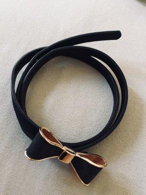 Schmaler schwarzer Gürtel mit süßer Schleifen-Schnalle // Taillengürtel
