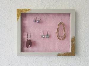 Schmuckhalter in weiß, rosa und gold-glitzer