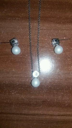 Schmuckset aus Silber mit Perlen