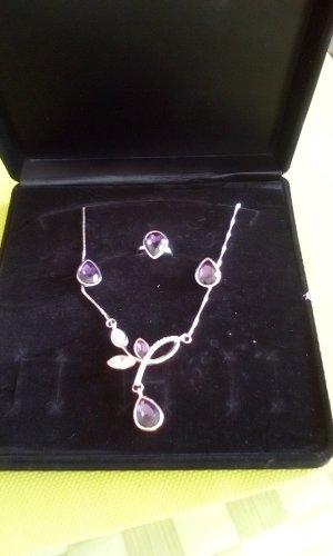 Collar estilo collier color plata-lila
