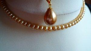 Schmuckset Perlenohrringe Muschelkernperlen Tropfen goldfarben + SWZ-Perlenkette