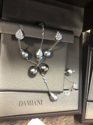 Damiani Pearl Earring multicolored