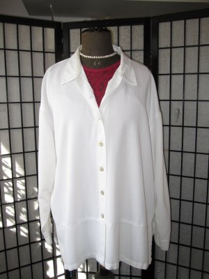 *SCHNÄPPCHEN* THEA 42 PLUS   Sportliche Hemdbluse/Jacke mit Perlmuttknöpfen