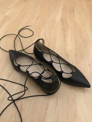 Schnür-Ballerinas aus Leder