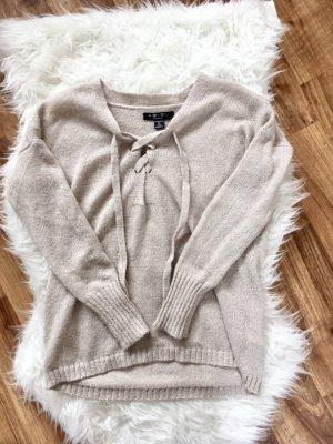 Schnür Pullover