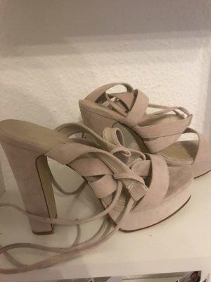 Schnür sandalen