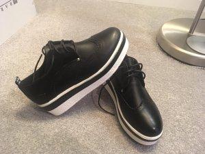 Schnür-Schuhe mit Plateau (5 cm) – schwarz – Grösse 37