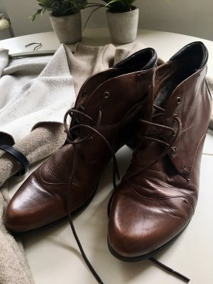 Zanon & Zago Lace-up Booties brown