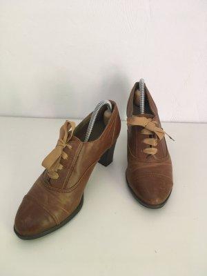 Chaussure à talons carrés multicolore faux cuir