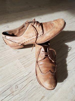 Schnürschuhe aus Leder Größe 40