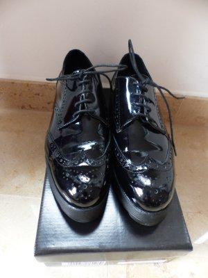 Zapatos brogue negro
