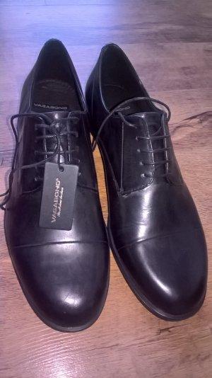 Schnürschuhe klassische Schnürer Vagabond CODE schwarz Leder in Größe 40 - ungetragen