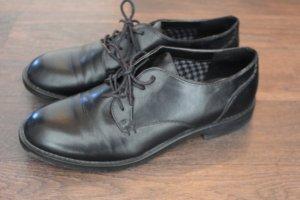 Schnürschuhe schwarz Lederimitat