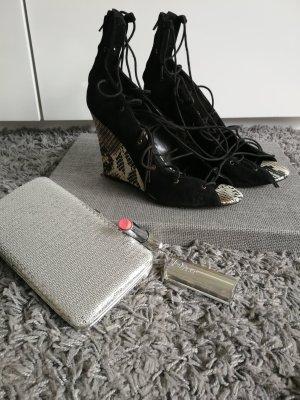 Schnürwedges von Zara