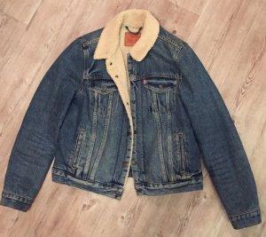 Schön warme Levi's Jeansjacke