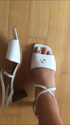 Schöne Absatzschuhe weiß sandalen