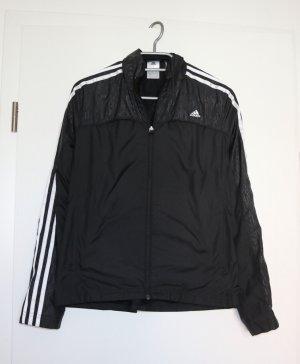 Schöne Adidas climaproof Jacke in schwarz Gr. S