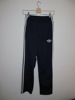 schöne Adidas Jogginghose