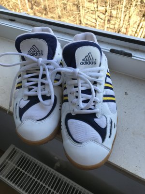 Schöne Adidas Schuhe