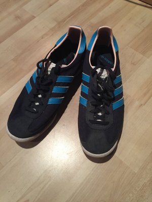 Schöne Adidas Sneaker