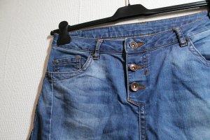 Schöne Amisu Jeans Gr. 28