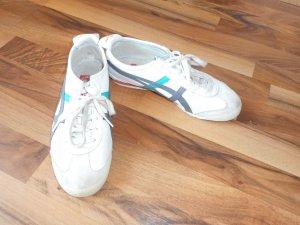 schöne Asics Sneaker