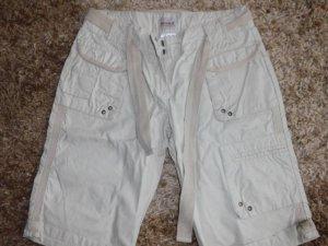 schöne Bermuda Shorts