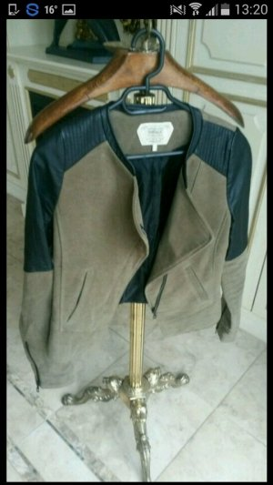 Schöne Bikerjacke Schwarz/grau Zara!