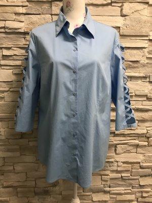 Schöne blau Bluse von Madame Gr 44/46