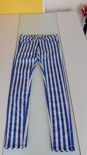 schöne Blau weiß gestreifte Jeans New Yorker