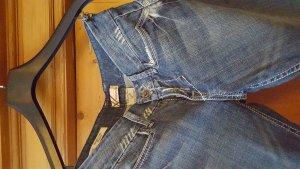 schöne blaue jeans w.rast