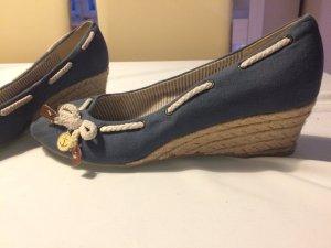 Schöne Blaue Schuhe von graceland