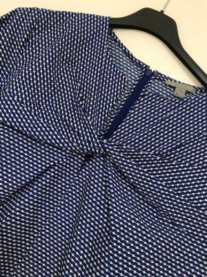 Schöne Bluse als Hingucker
