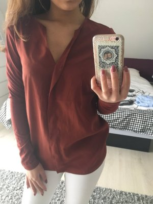 Schöne Bluse in der Farbe Rostrot