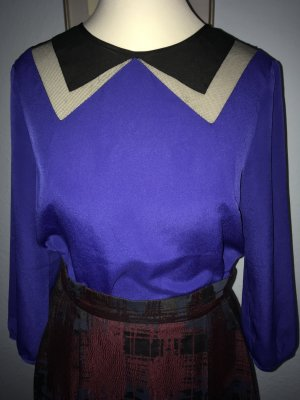 schöne Bluse in lila blau Größe XS