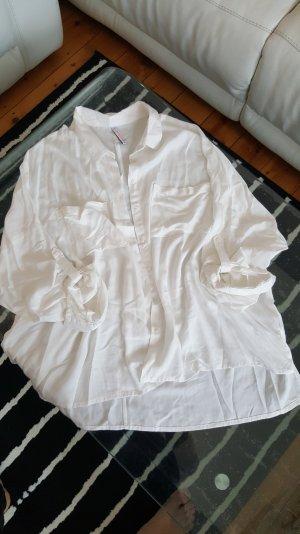 Schöne Bluse in weiß