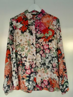 Schöne Bluse mit Blumenprint von Zara 36 40