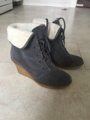 Akira Wedge Booties grey
