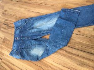 Schöne Boyfriend Jeans für coolen Look