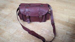 schöne braune Handtasche