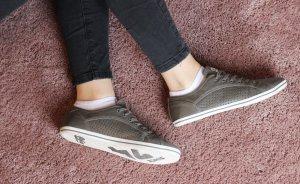 Schöne Buffalo Sneaker